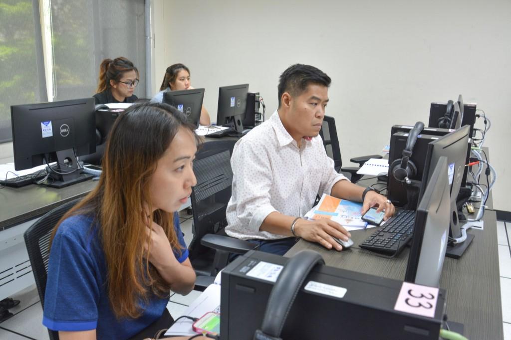 ภาพบรรยากาศการฝึกอบรมหลักสูตรการสร้างแบบสอบถามออนไลน์ด้วย Google Doc 7 มีนาคม 2562