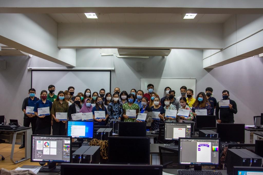 ภาพบรรยากาศการอบรมการสร้างอินโฟกราฟิกอย่างมืออาชีพ สำหรับบุคลากร มทร. ธัญบุรี เมื่อวันที่ 17-19 สิงหาคม 2563